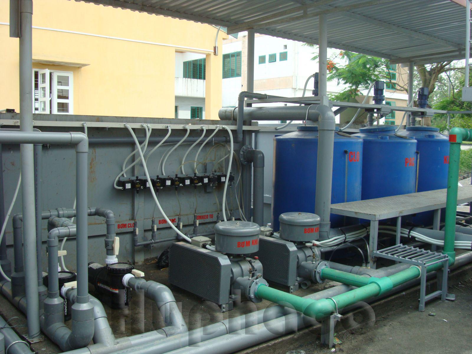 phao báo mức trong xử lý nước