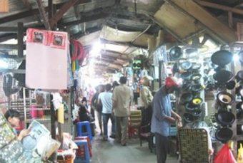 Nhà lồng chợ Nhật Tảo những năm 2000